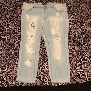 Forever 21 Distressed Boyfriend Jeans- Size 16